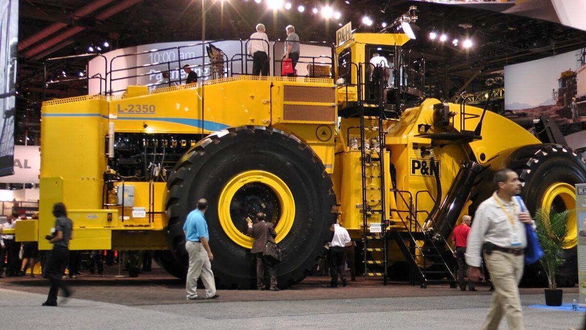 Cummins Qsk60 w największej ładowarce kołowej na świecie